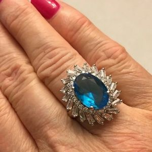 Jewelry - ⚘EXQUISITE 6CT. BLUE TOPAZ AND CZ  RING